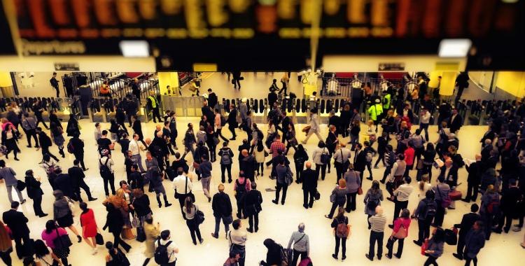 Rush hour in London - Photo by SarahTz (Creative Commons 2.0)