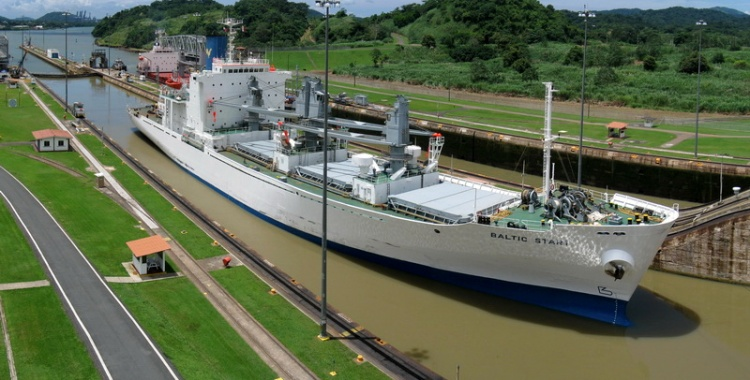 The Panama Canal - Photo by @thyngum (Creative Commons 2.0)