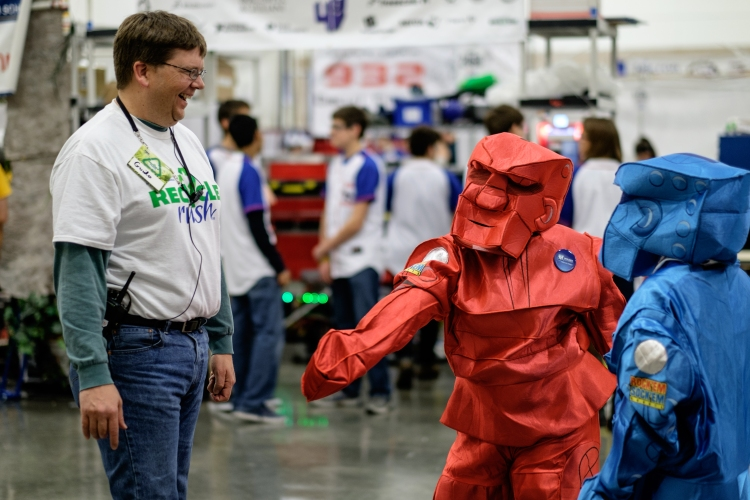 FIRST Dallas Regional 2015 - Photo by Greg Heartsfield (CC BY-SA 2.0)